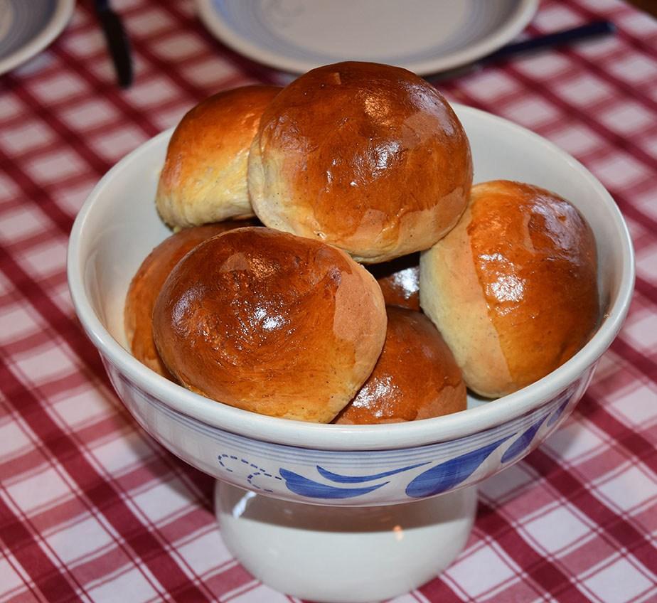 Hveteboller klar til servering