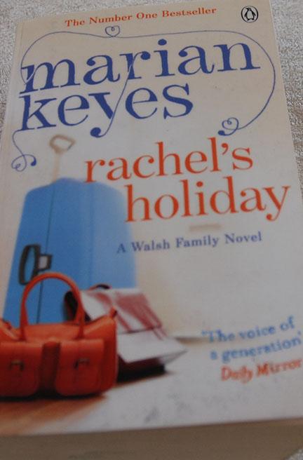 Keyes, Marian(1997), «Rachel's holiday». Penguin books COVER