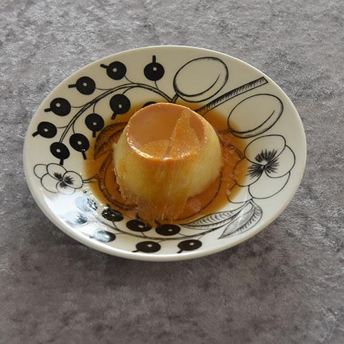 Karamellpudding Ingredienser 7 ss Sukker 3 Egg ½ l H-melk 1½ ss Sukker ½ ts Vaniljesukker