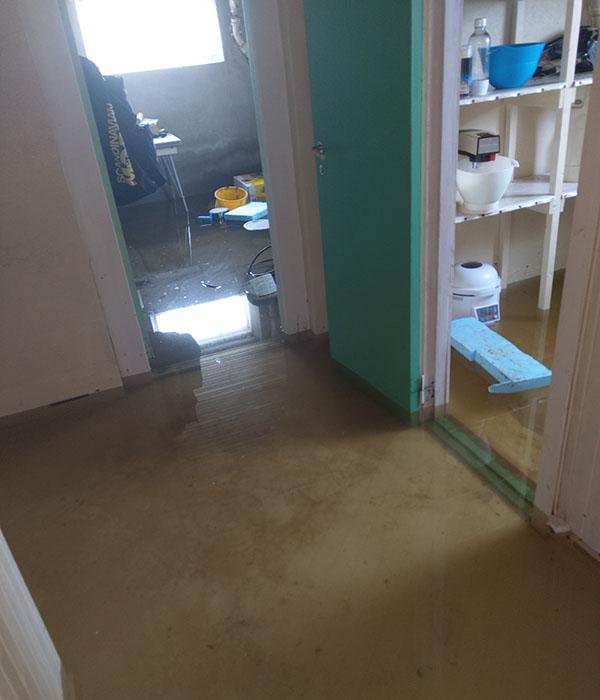 Oversvømmelse i kjelleren på sommerhuset vårt - mai 2020