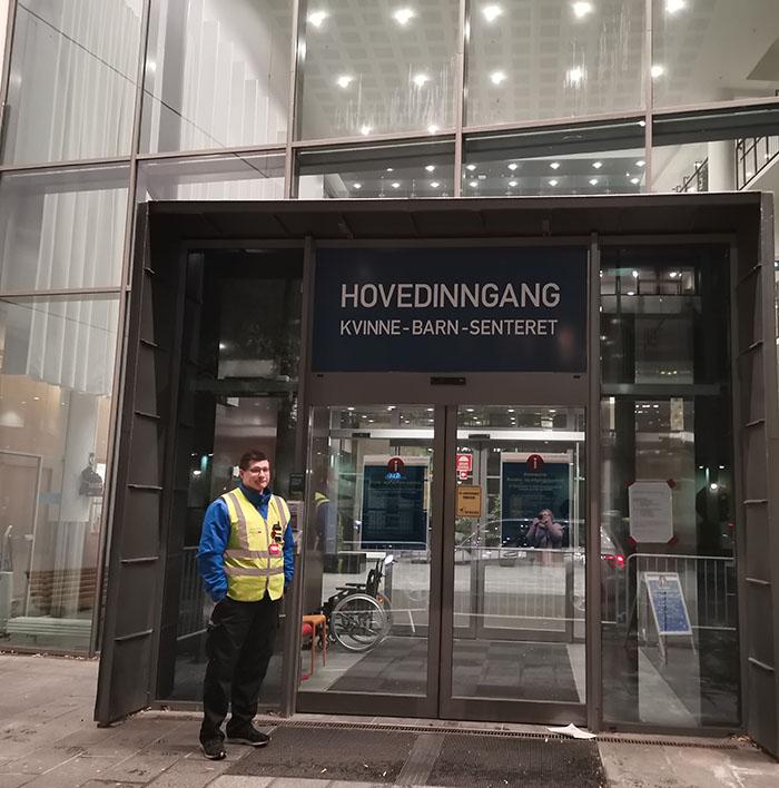 Kvinne-barn-senteret ved St. Olavs hospital Olav Kyrres gate 11 Postadresse St. Olavs hospital HF Seksjon for gynekologisk poliklinikk Postboks 3250, Torgarden 7006 Trondheim