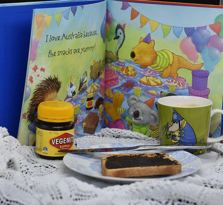 Howarth, Daniel (2019) «Why I love Australia», Harper Collins Childrens's Books https://heidisboble.no/ @heidisboble