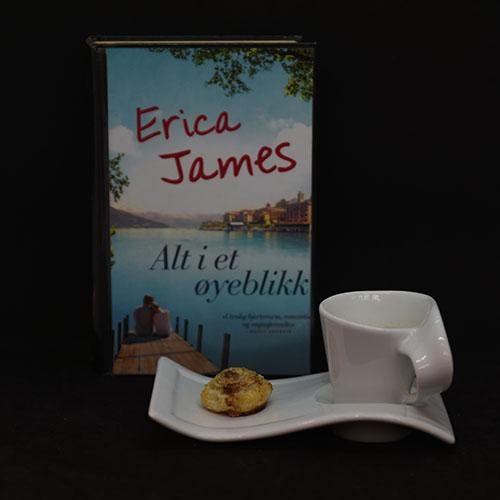 James, Erica (2016) «Alt i et øyeblikk», Bastion forlag OG Butterdeigsnurrer med sukker og kanel Ingredienser: 1 plate Buttedeig (dypfryst) Egg Sukker og kanel https://heidisboble.no/ @heidisboble