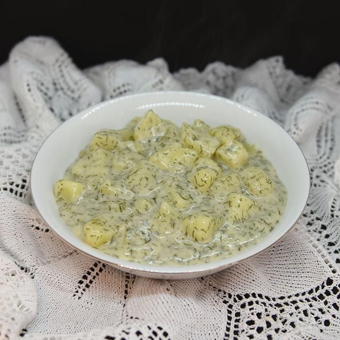 Røkt laks med dillstuede poteter Ingredienser 10 Poteter 2 ss Hvetemel 4 dl Melk ½ ts Salt ½ ts Pepper 3 ss Dill (hakket) https://heidisboble.no/ @heidisboble