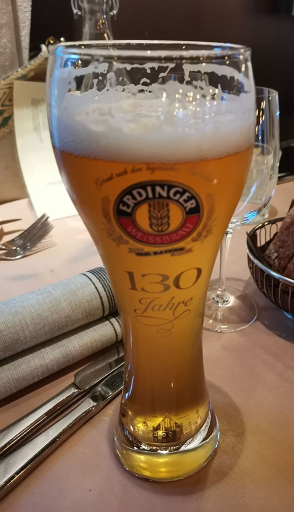 ERDINGER (FREI) (uten alkohol) Restaurant Troll Fosenkaia 4A, 7010 Trondheim, Norge https://heidisboble.no/ @heidisboble