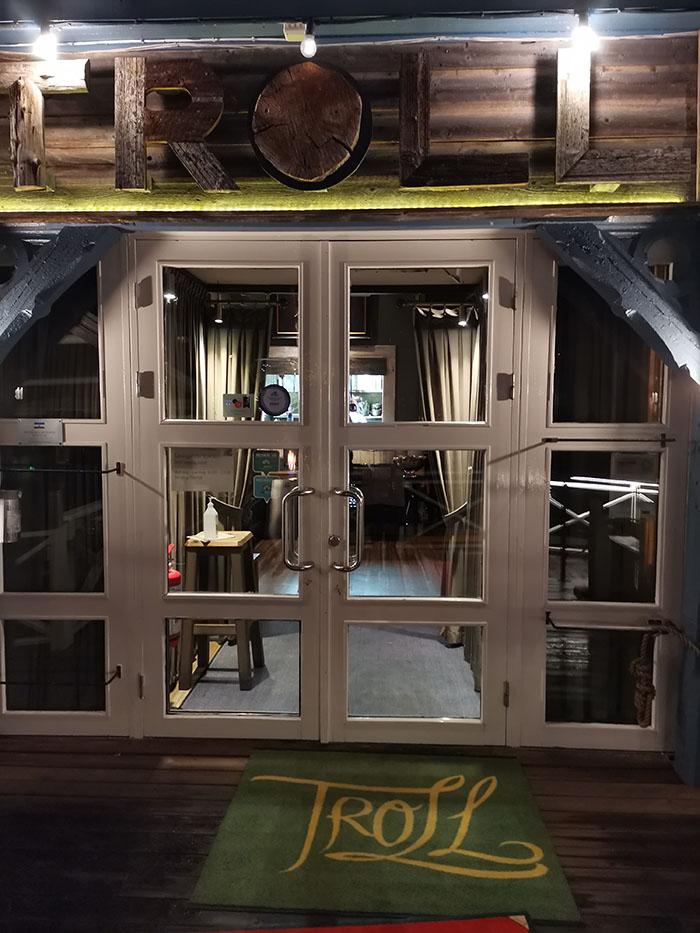 Inngangsparti Restaurant Troll Fosenkaia 4A, 7010 Trondheim, Norge https://heidisboble.no/ @heidisboble